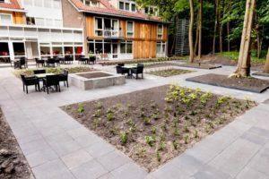 Tuin van het verzorgingstehuis - Piek Zweverink Hoveniers