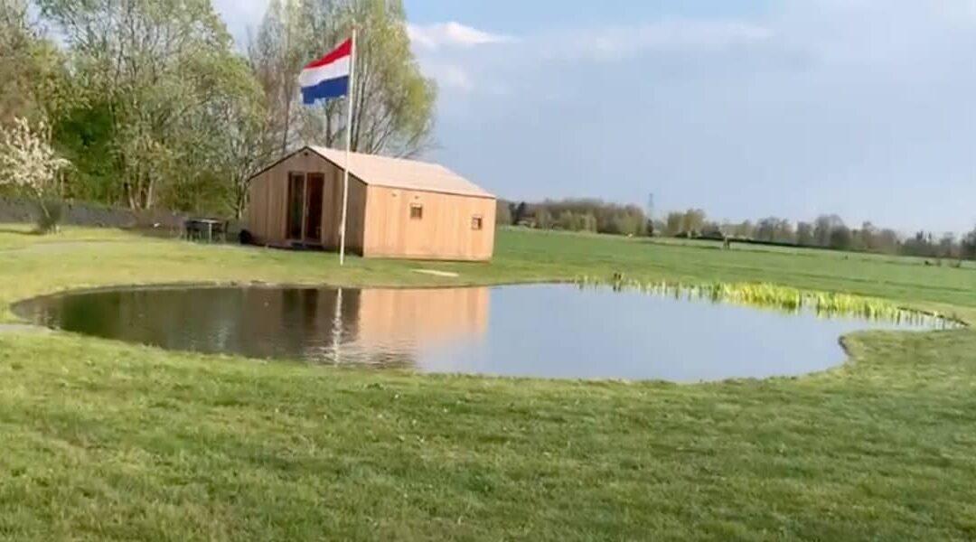 Zwemvijver gastenverblijf Pullevaart - Piek Zweverink Hoveniers